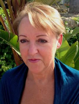 Lorraine Mace, Frances di Plino