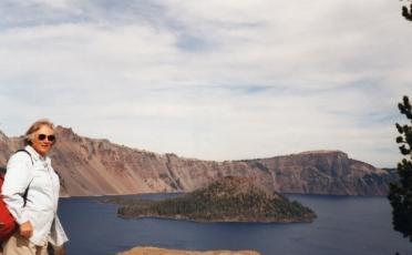 11 crater lake