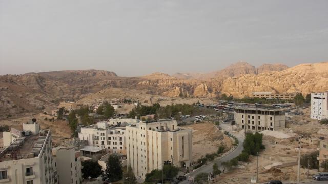 138 Sunrise over Petra