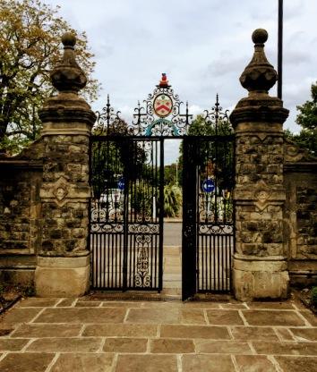 alleyn's gates
