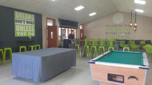 Hcrest commonroom